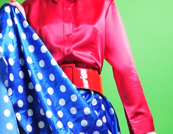 content/Katie/Katie-Red-Blue-Retro-Satin/1.jpg