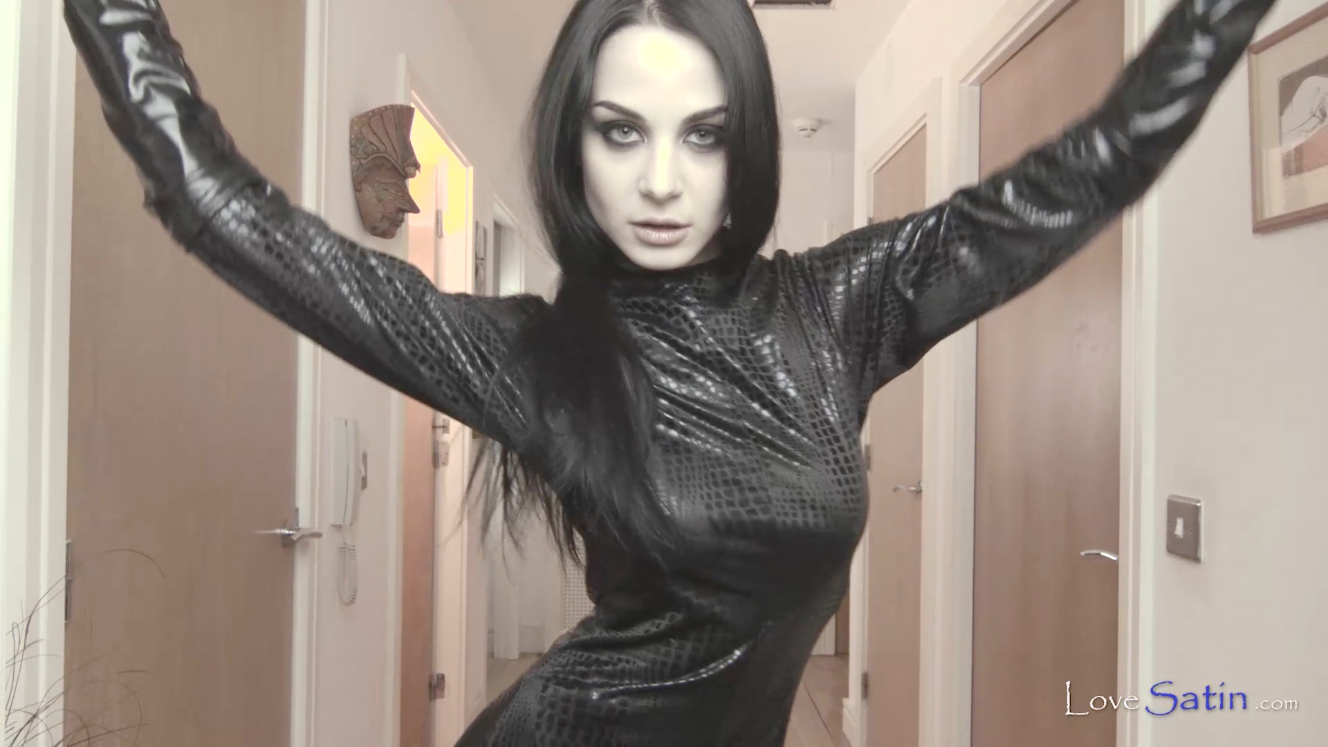 content/Lorelei/LORELEI-BLACK-CATSUIT-VIDEO/0.jpg