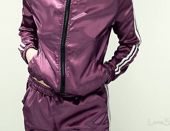 content/Lucy/Lucy-Shoplifter-Satin-Tracksuit/2.jpg